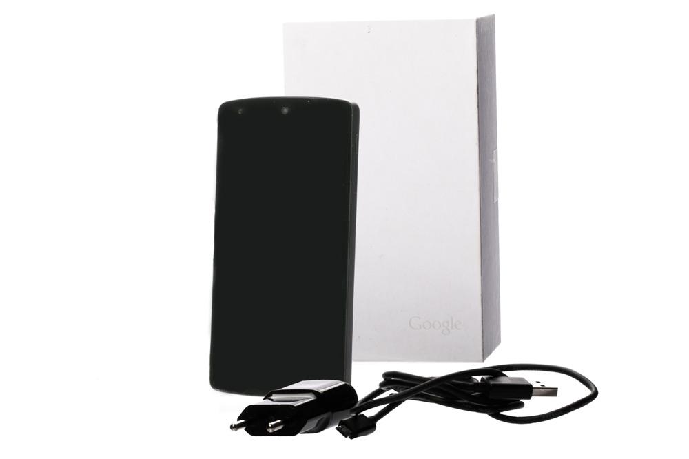 Telefon Smartfon LG Nexus 5 16GB Black